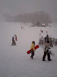 スキー場もタフコン…