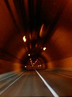 野塚トンネル…