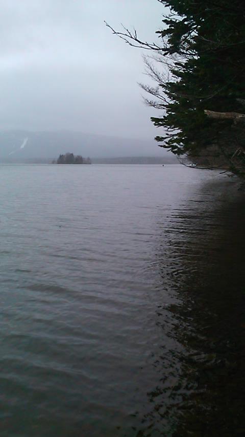 凍てつく阿寒湖…