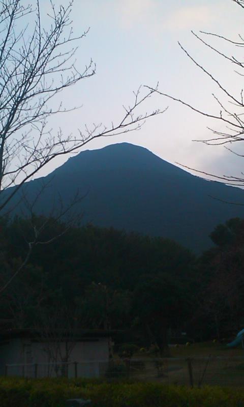 開聞岳を望む…