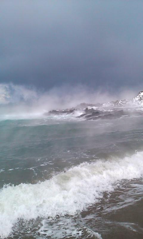 気嵐舞い上がる日本海…