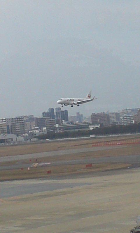 福岡空港にて…