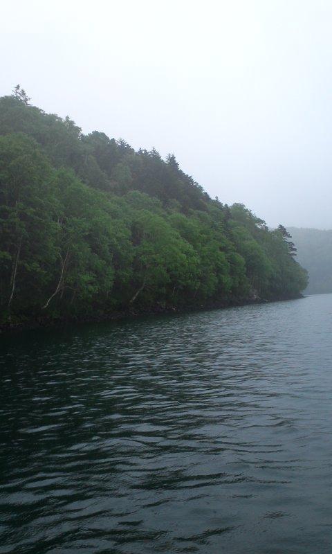 土砂降りの然別湖…