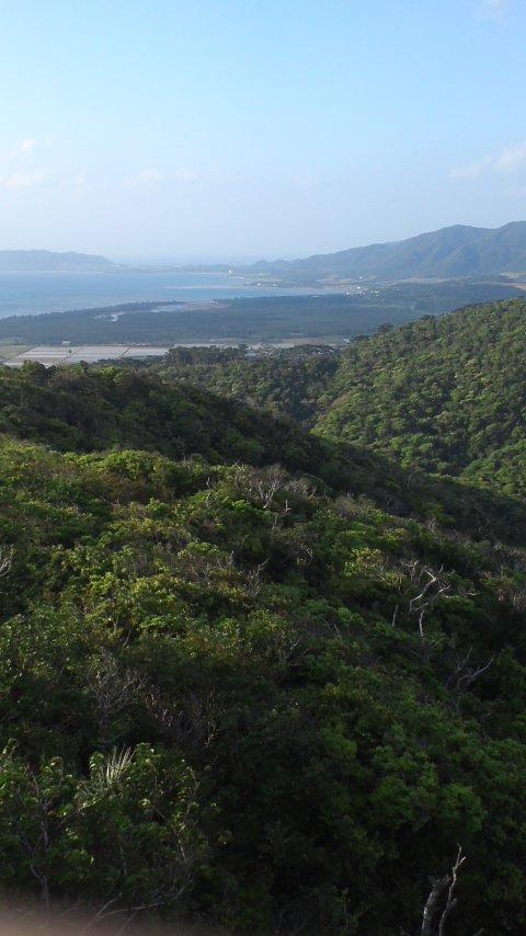 石垣島周遊…エメラルドの海を見る展望台…